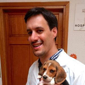 Neurología, Ortopedia, Traumatología y Rehabilitación Veterinaria - Antonio Claudio